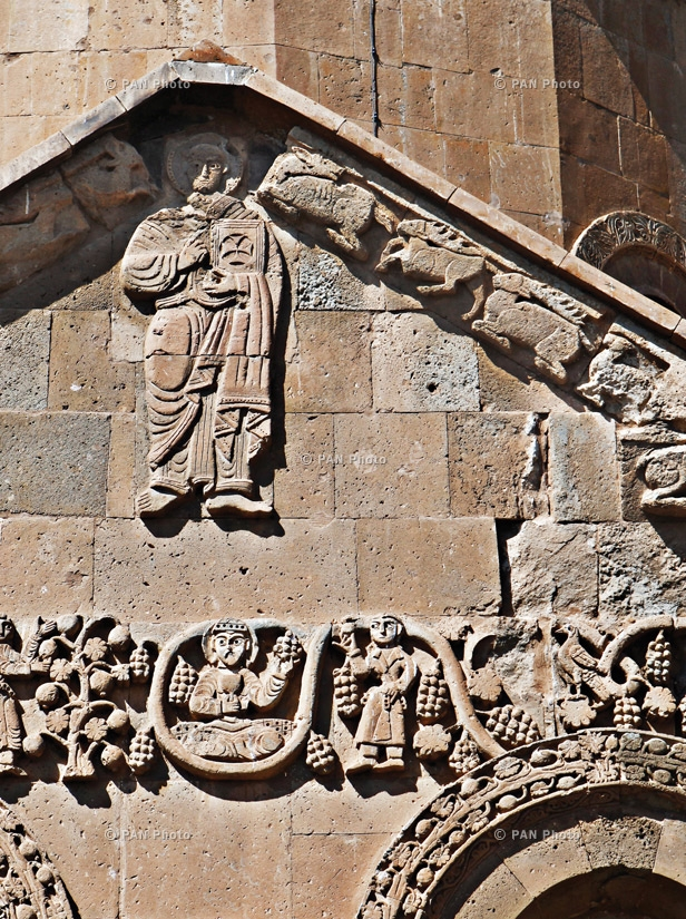 Decorations on the walls of the Church of the Holy Cross at Aghtamar. The whole church is covered in carvings with Biblical themes. The Holy Cross is the only church in Western Armenia where an Armenian mass is held once a year