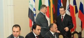 В Ереване стартовала двухдневная международная конференция «Безопасность и сотрудничество на Кавказе и вокруг него»