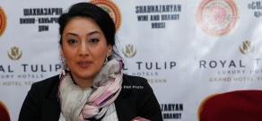 Ջազ երգչուհի Դի Դիկովսկու մամուլի ասուլիսը