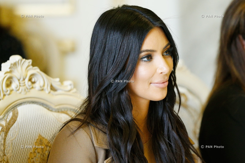 Kim Kardashian and Khloé Kardashian meet with Armenian PM Hovik Abrahamyan