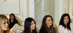 Kim Kardashian and Khloé Kardashian meet with Armenian PM Hovik Abrahamyan