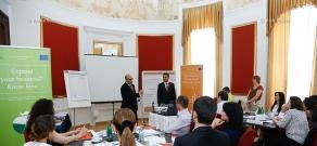 ЕБРР продолжает серию своих тренингов по расширению консалтингового бизнеса. местные консультанты теперь вооружены ноу-хау и методами бизнес диагностики