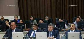 Встреча министра МЧС Армении Армена Ерицяна с губернаторами Армении