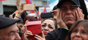 160,000 people take part in LA rally commemorating Armenian Genocide centennial