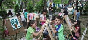 Painting Day in Yerevan Zoo