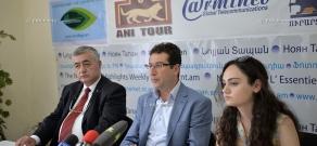 Press conference of Turkish writer Kadir Akin and member of Social Democrat Hunchakian Party, doctor Yeghia Jerejian