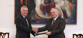 Newly-appointed Head of the EU delegation to Armenia Piotr Switalsky handed over copies of his credentials to Foreign Minister of Armenia Edward Nalbandian
