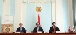 Press conference of Presidential Chief of Staff Vigen Sargsyan, VivaCell-MTS CEO Ralph Yirikyan and director of Synopsys Armenia Hovik Musaelyan