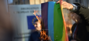 Anti-LGBT protest outside the EU Office in Yerevan