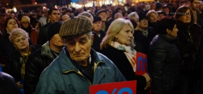 'No' front of constitutional reform opponents stages rally in Yerevan's Freedom Square