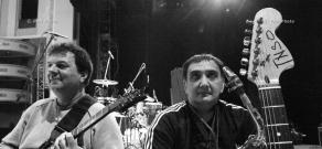 Репетиция концерта сербского режиссера и музыканта Эмира Кустурицы