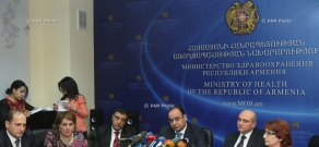 Deputy Minister of Health Vahan Poghosyan and several experts hold press conference on flu and acute respiratory infections in Armenia