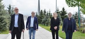 Russian choreographer, ballet master Boris Eifman and philanthropist Constantine Lusignan-Rizhinashvili' visit Tsitsernakaberd Memorial and Armenian Genocide Museum-Institute