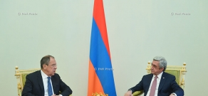 Armenian President Serzh Sargsyan receives Russian Foreign Minister Sergey Lavrov