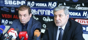 Press conference of RPA member Artak Davtyan and Armenian National Movement board member Hovhannes Igityan