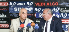 Press conference of the member of 'National Congress of Western Armenians', NA deputy Aragats Akhoyan and Doctor of Historical Sciences Vahan Melikyan