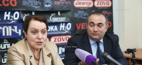 Press conference of 'Against Legal Arbitrariness' NGO Chairman Larisa Alaverdyan and  Deputy from Heritage Party parliamentary faction Tevan Poghosyan
