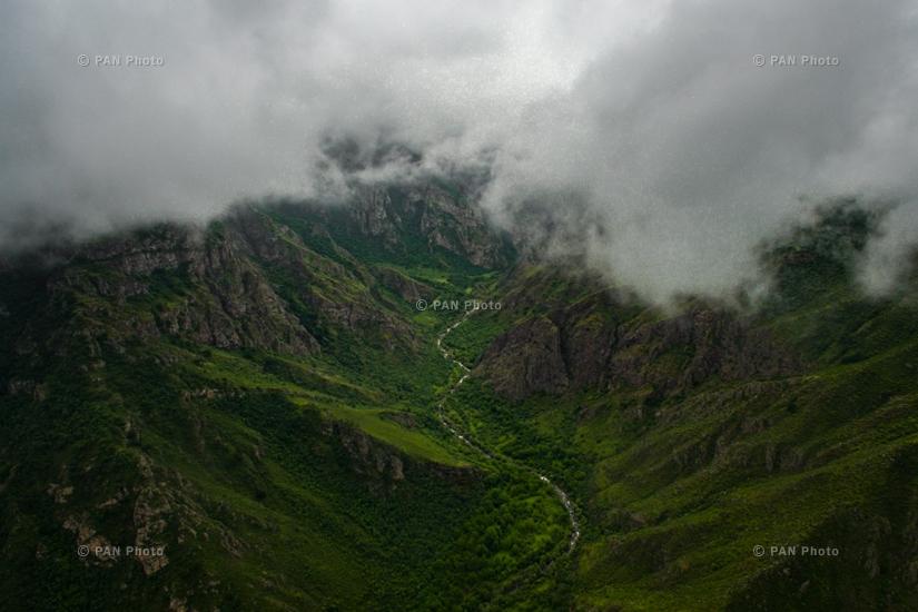 Татевский монастырский комплекс, Воротанское ущелье (Сюникская область)