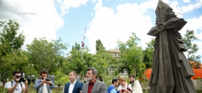 Monument to heroes of April war unveiled in Yerevan