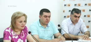 Discussion on problems orphanage alumni face in Armenia