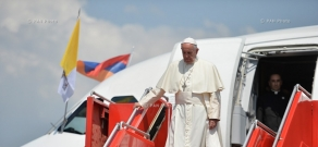 Pope Francis arrives in Armenia