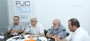 Press conference of Heritage party MP Tevan Poghosyan, political scientist Alexander Iskandaryan and ACGRC Director Stepan Grigoryan