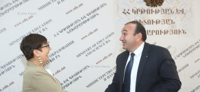 Armenian Minister of Education and Science Levon Mkrtchyan and Country Director and Representative of UN WFP in Armenia Pascal Micheau