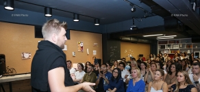 Interactive seminar ahead of Oriflame Fashion Night with designers Nikolay Ovechkin and Eddy Anemian's participation