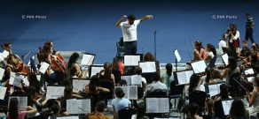 Rehearsal of Generation of Independence orchestra and choir