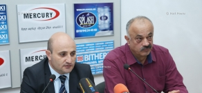 Press conference of Economy Ministry's tourism department head Mekhak Apresyan and Development and Preservation of Armenian Culinary Traditions NGO chair Sedrak Mamulyan