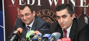 Press conference by Armen Rustamyan and Artsvik Minasyan