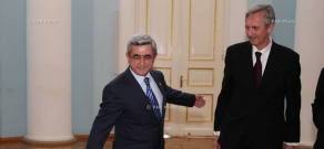 Newly appointed Ambassador of Norway Knut Houg presented his credentials to Armenian President Serzh Sargsyan