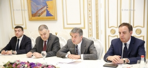 Armenian PM Karen Karapetyan receives Head of EU Delegation Piotr Switalski